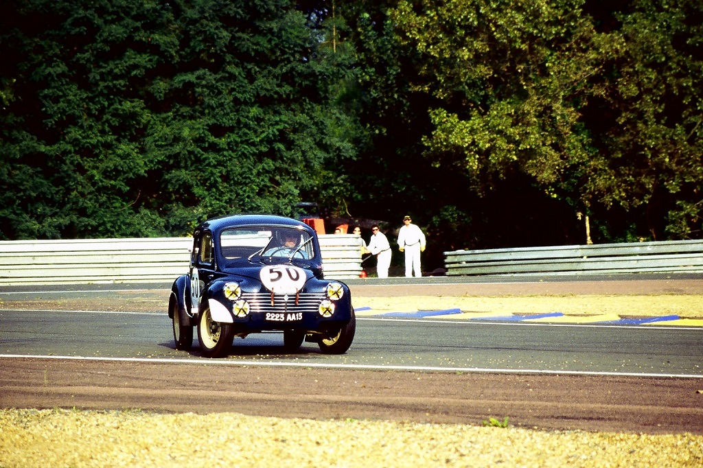 4cv-1063 - 1 - 2002 - Mans-Classic - Photo-Thierry-Le-Bras