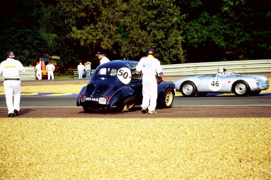 4cv-1063 - 8 - 2002 - Mans-Classic - Photo-Thierry-Le-Bras