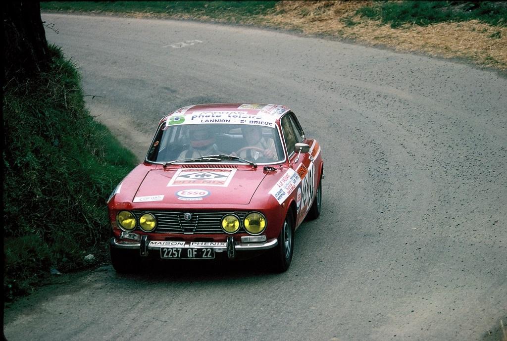 Alfa-Romeo-2000-GTV - 1975 - Rallye-d-Armor - Photo-Thierry-Le-Bras