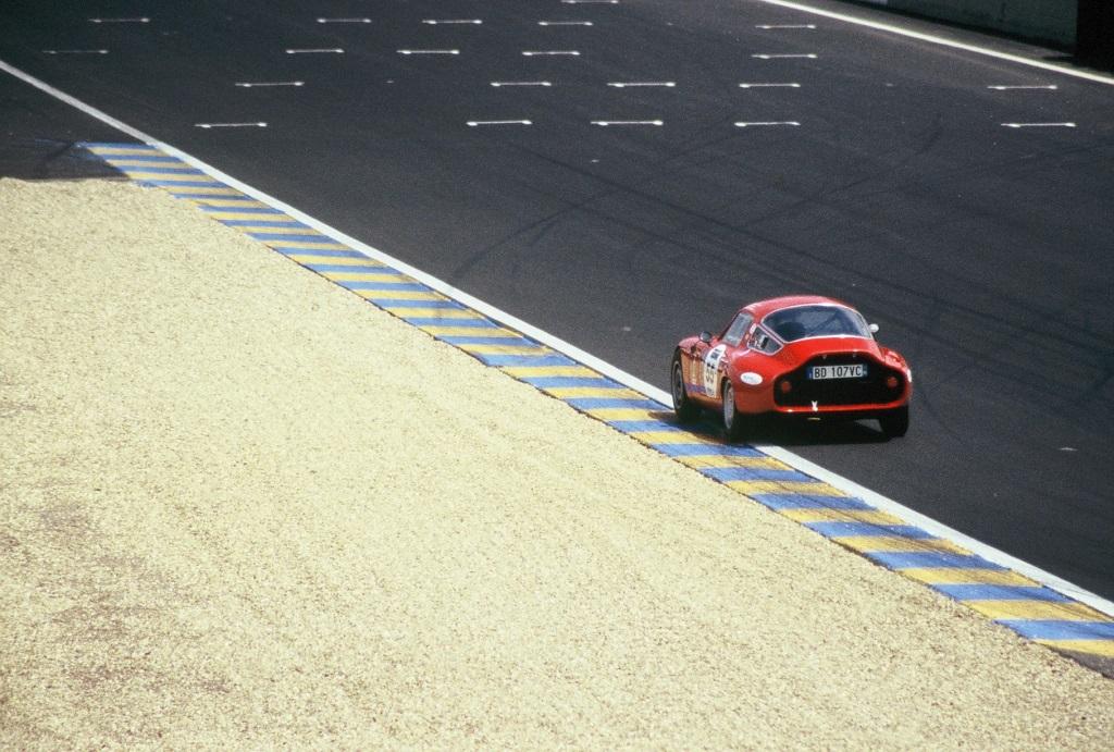 Alfa-Romeo-Giulia-TZ - 2004-2 - Mans-Classic - Photo-Thierry-Le-Bras