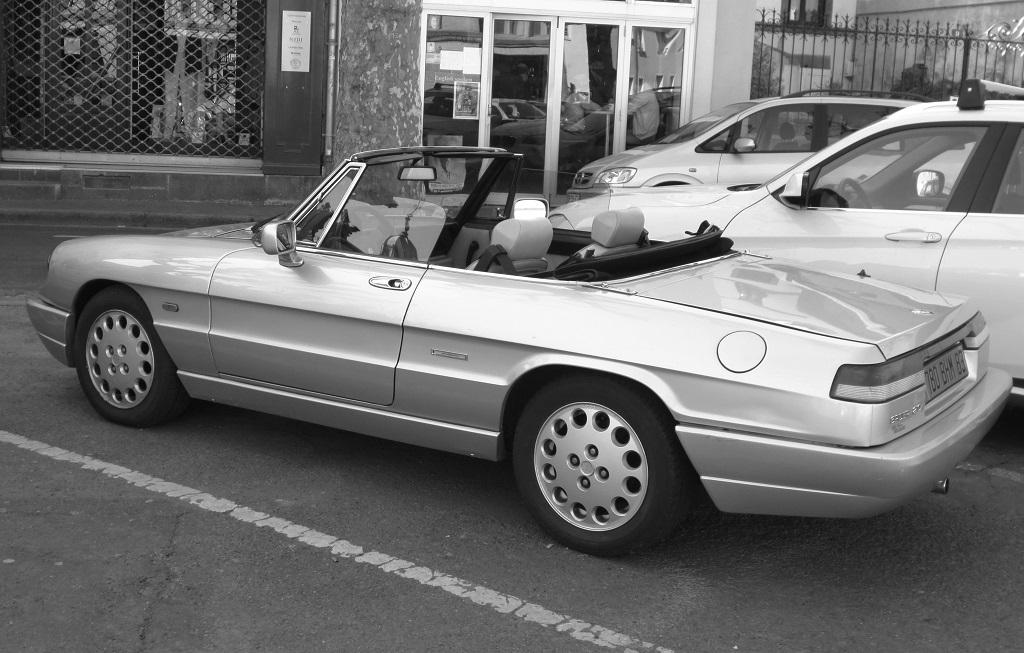 Alfa-Romeo-Spider-Duetto - Saint-Malo - Photo-Thierry-Le-Bras