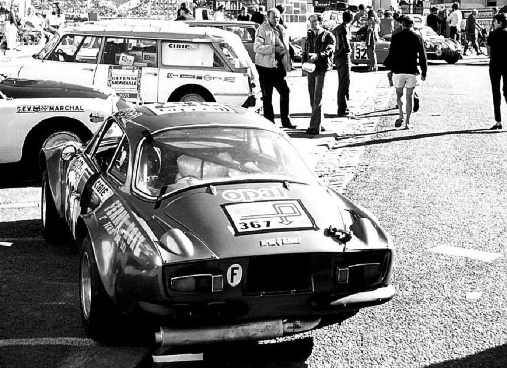 Alpine-et-DS-assistance-rallye - 1973 - Dinard-Grand-National-TA - Photo-Thierry-Le-Bras