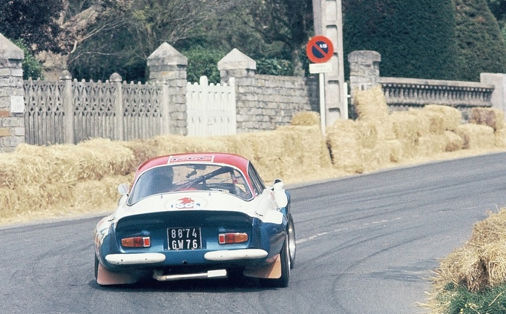 Alpine-Berlinette - 1974 - CC-Saint-Germain-sur-Ille - Photo-Thierry-Le-Bras