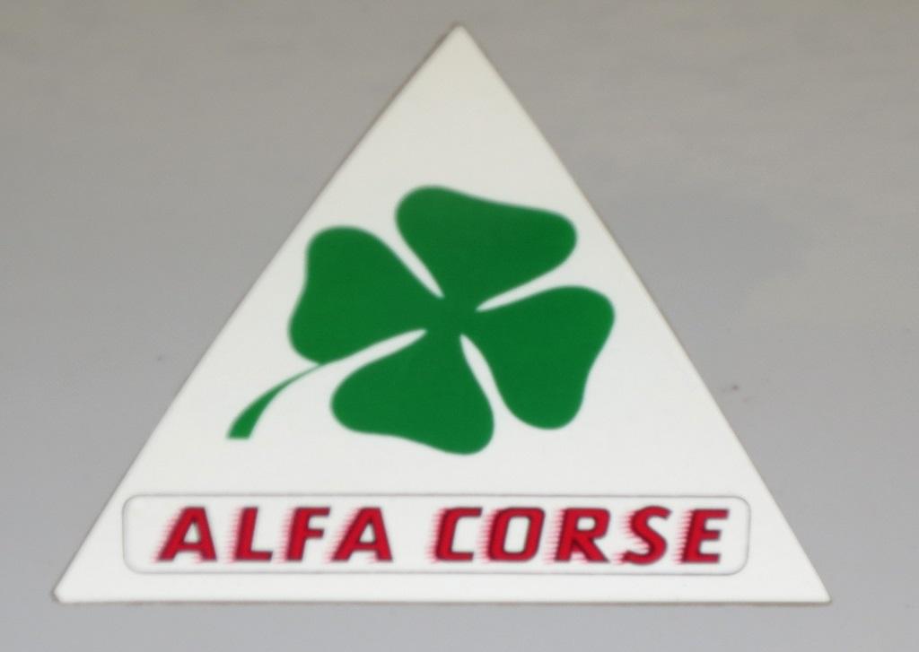 Ambiance-Corse -sur -Alfa-Romeo-1750-Coupé - 2016 - Rallye-des-Corsaires-Saint-Malo - Photo-Thierry-Le-Bras