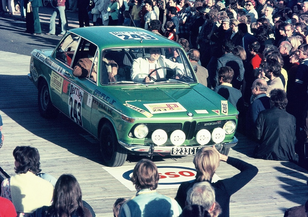 Arnaud-Rimbert - BMW-2002 - 1973 - Dinard - Grand-National-Tour-Auto - Photo-Thierry-Le-Bras