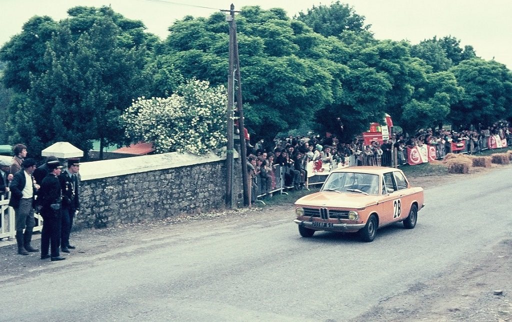 bmw-2002-1970-cc-saint-germain-sur-ille-photo-thierry-le-bras