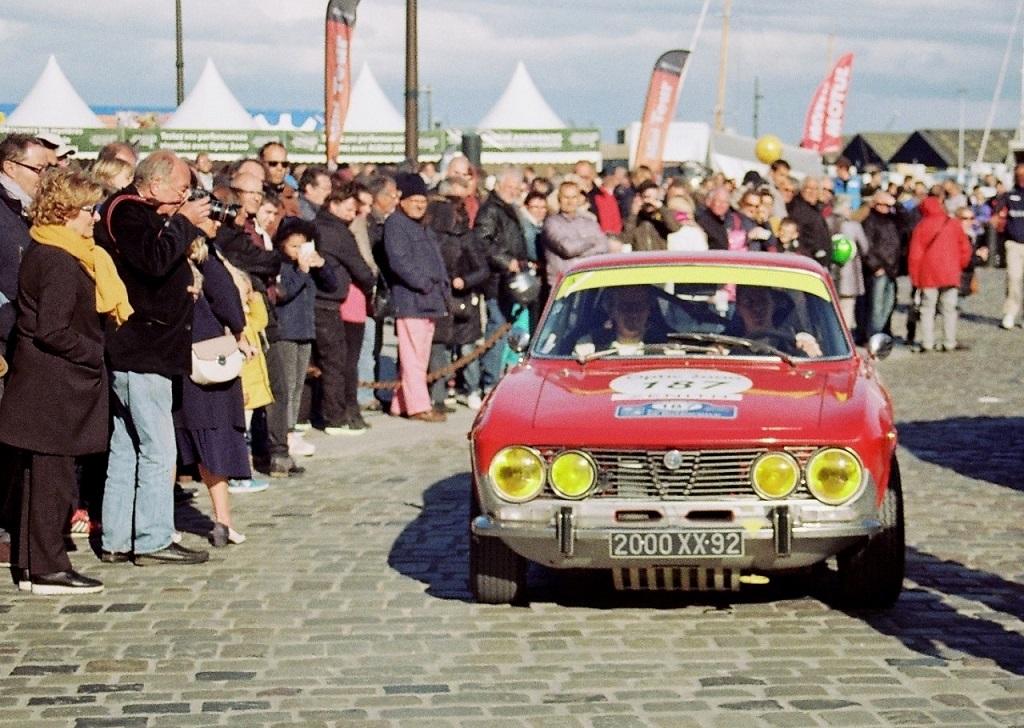 Baigneres-Baigneres - Alfa-Romeo-2000-GTV - 2017 - Tour-Auto - Photo-Thierry-Le-Bras