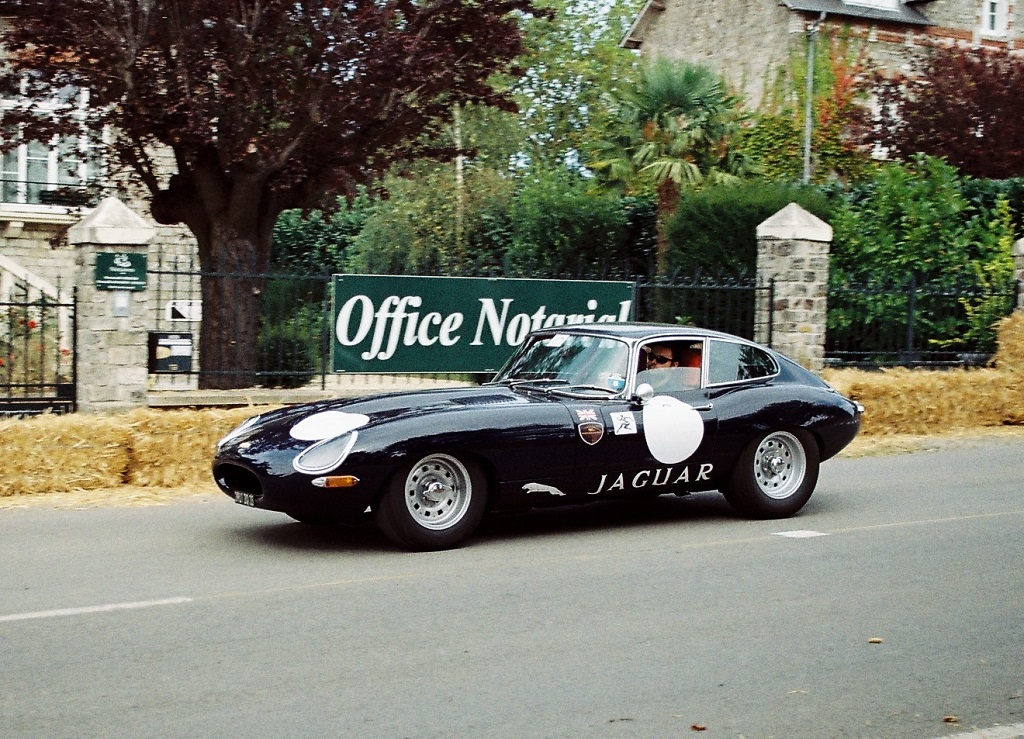 Benjamin-Guiheux -Jaguar-Type-E - 2012 - Saint-Germain-Classic - Photo-Thierry-Le Bras