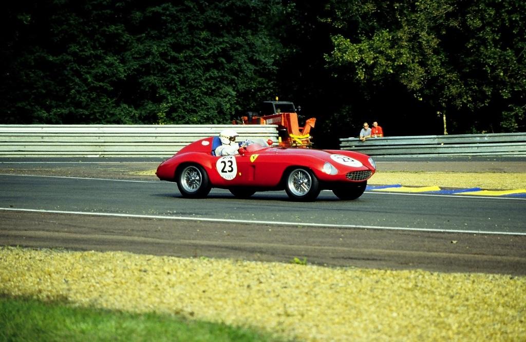 Burini- Ferrari-750-S-Monza- 2002-Mans-Classic - Photo-Thierry-Le-Bras