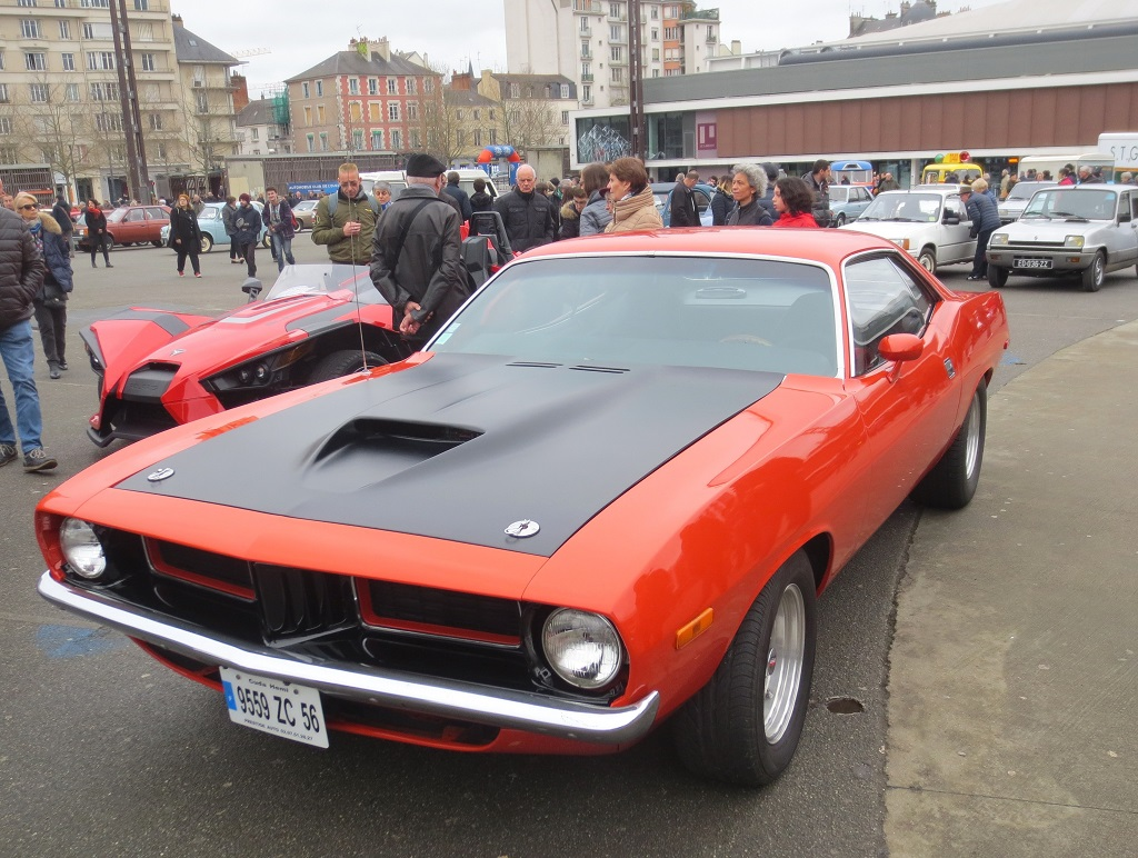 Chrysler-Barracuda - 1973 - Traversée-de-Rennes - Photo-Thierry-Le-Bras