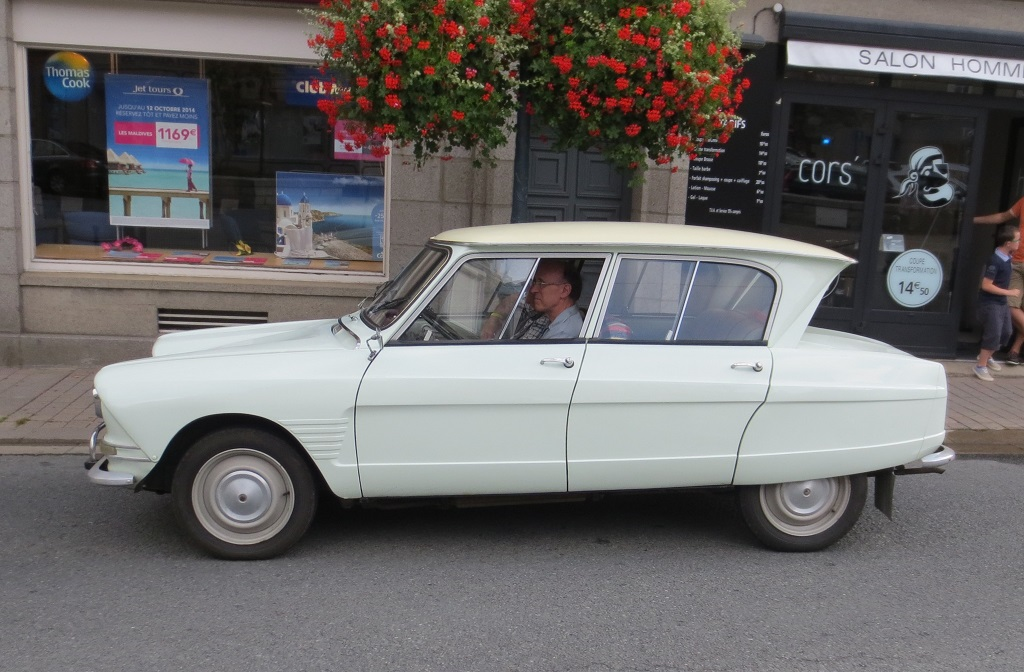 Citroën-Ami-6 - 2014 - Saint-Malo - Photo-Thierry-Le-Bras