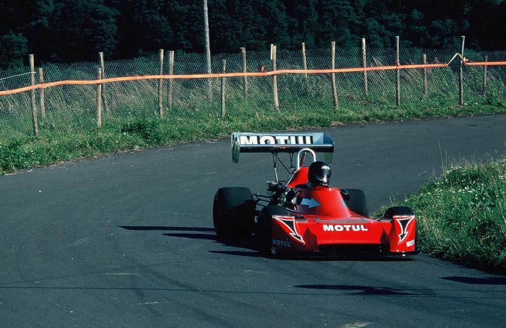 Courage - Martini - 1981 - CC-Mont-Dore - Photo-Thierry-Le-Bras
