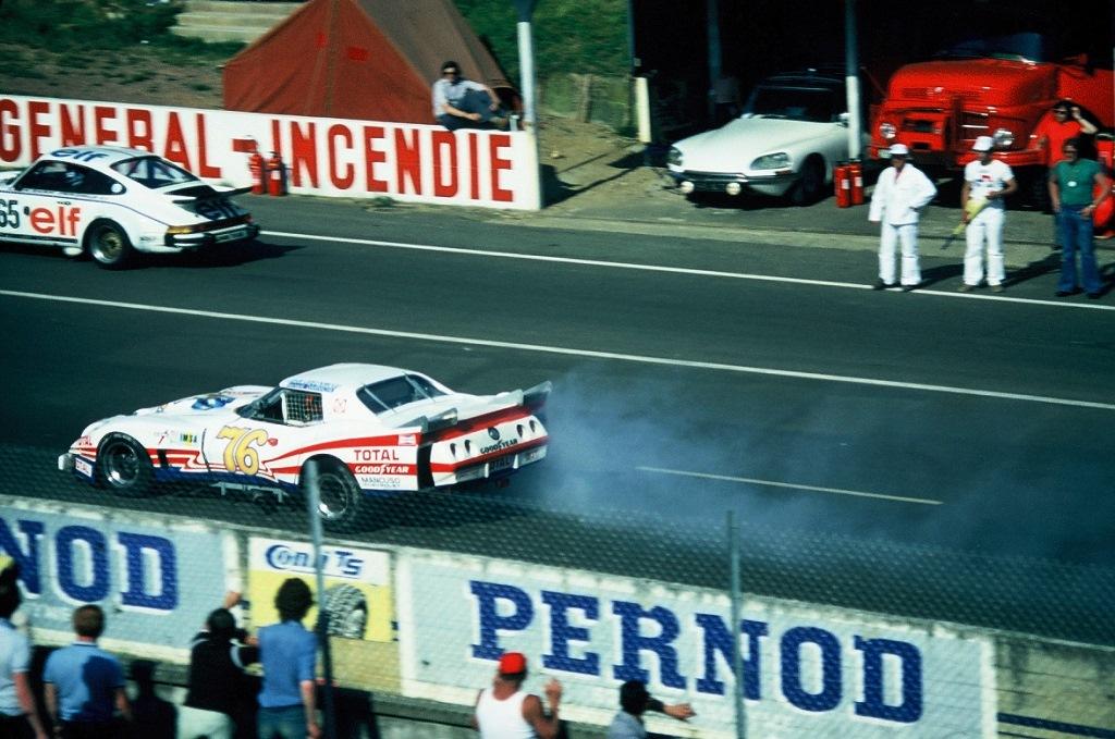 Darniche-Greenwood - Chevrolet-Corvette-Stingray - 1976 - Le-Mans - Photo-Thierry-Le-Bras