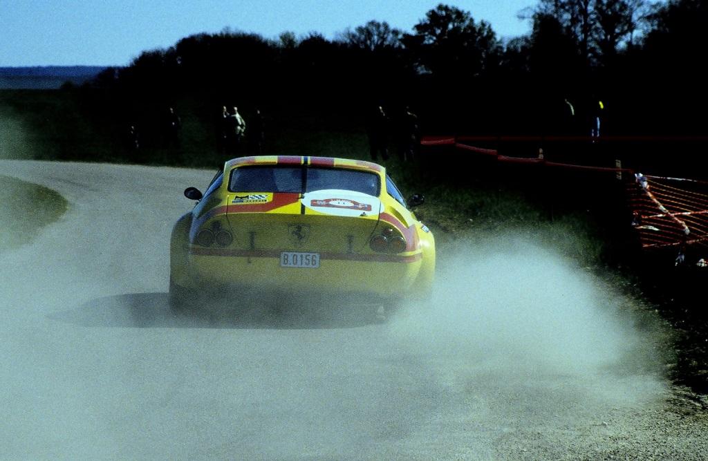 Degand-Jousse - Ferrari-365-GTB4-Daytona- 2003 -2 -Tour-Auto - Photo-Thierry-Le-Bras