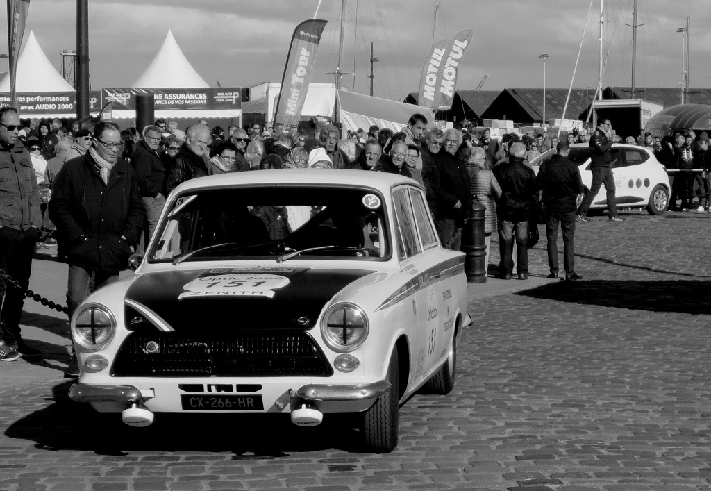 Depagneux-Joyau - Ford-Cortina- Lotus - 2017 - Saint-Malo - Tour-Auto - Photo-Thierry-Le-Bras