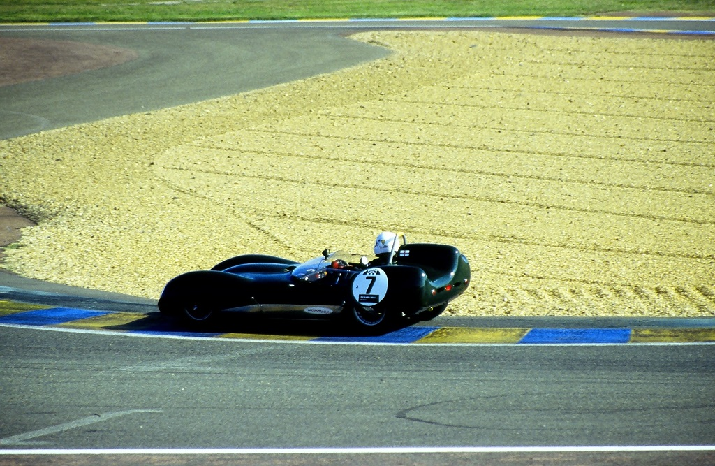 Douglas-Jamieson - Lotus-XV- 2002 - Mans-Classic - Photo-Thierry-Le-Bras