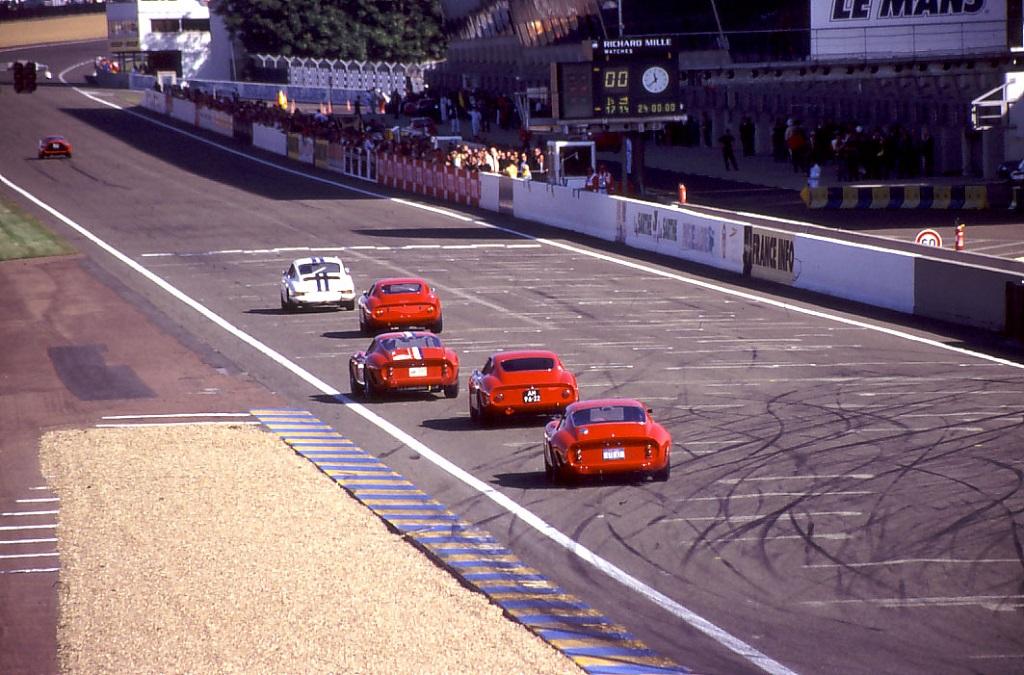 Ferrari-Porsche-Alfa-Romeo - 2004 - Le-Mans-Classic - Photo-Thierry-Le-Bras