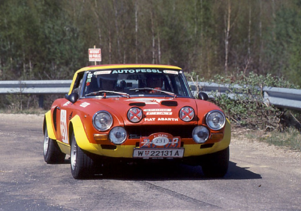 Fiat-124-Abarth-Spider - 2003 - Tour-Auto - Photo-Thierry-Le-Bras