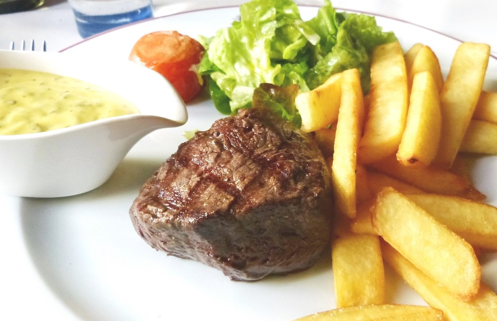 filet-de-boeuf-sauce-bearnaise-frites