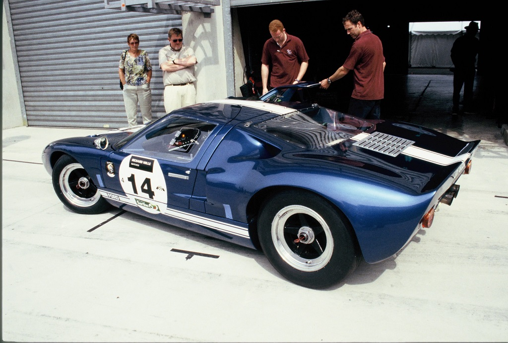 Ford-GT40 - 2004 - Stands-Mans-Classic - Photo-Thierry-Le-Bras