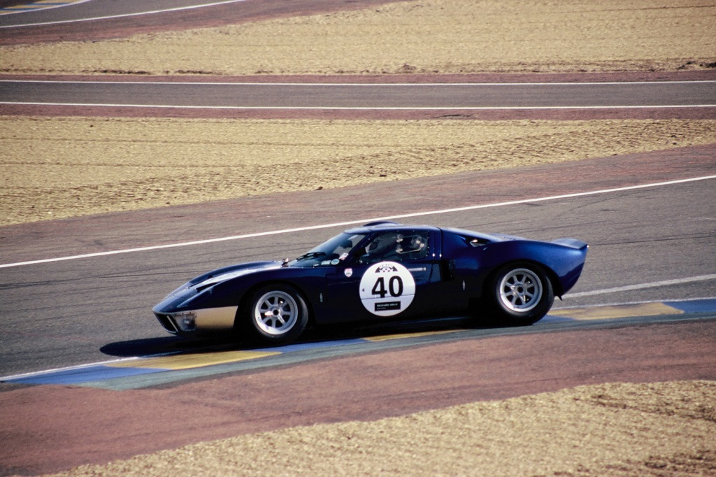 Ford-GT40-US - 2002 - Mans-Classic - Photo-Thierry-Le-Bras