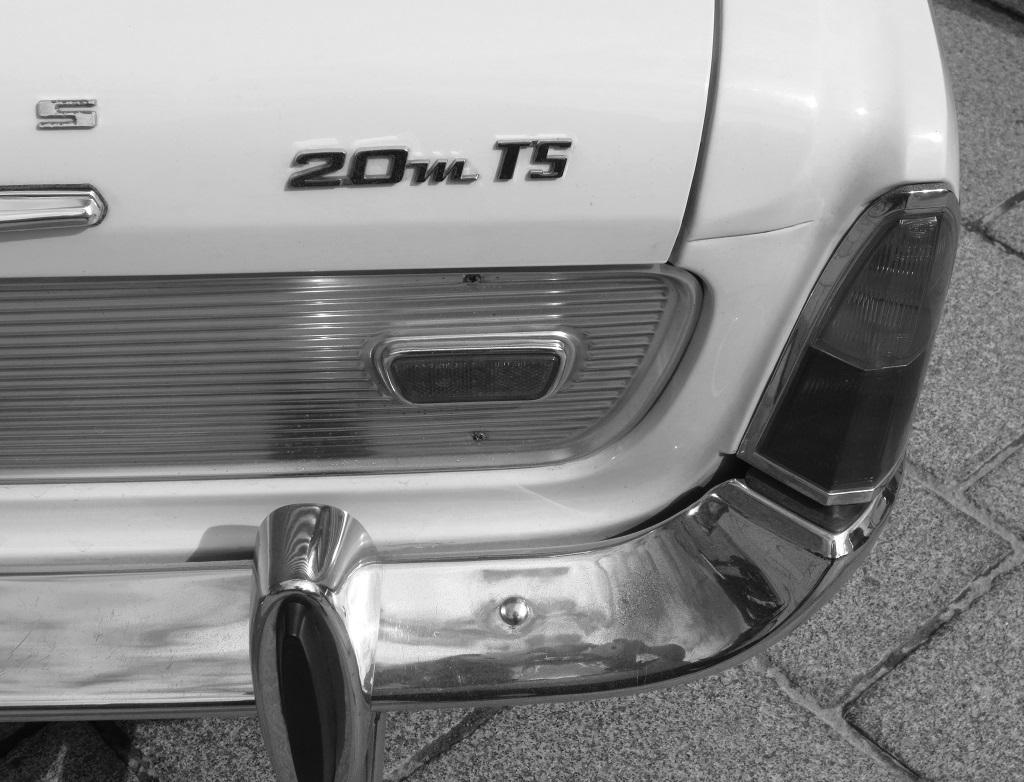 Ford-Taunus-20M-TS -(2)- Saint-Malo - Photo-Thierry-Le-Bras