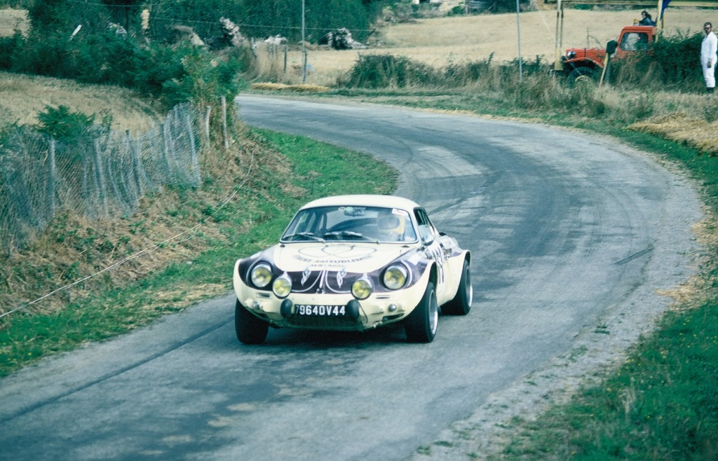 Guillou - Alpine-Berlinette - 1975 - CC-Noyal-sur-Bruz - Photo-Thierry-Le-Bras
