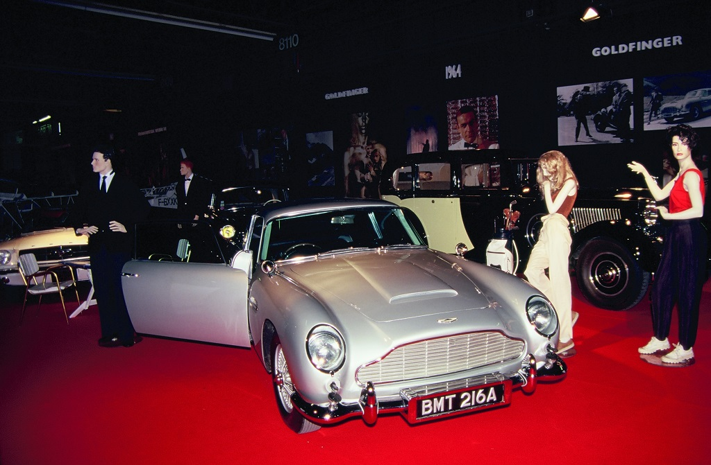 James-Bond - Aston-Martin-3- 1996 - Mondial-de-L-Auto- Photo- Thierry-Le-Bras