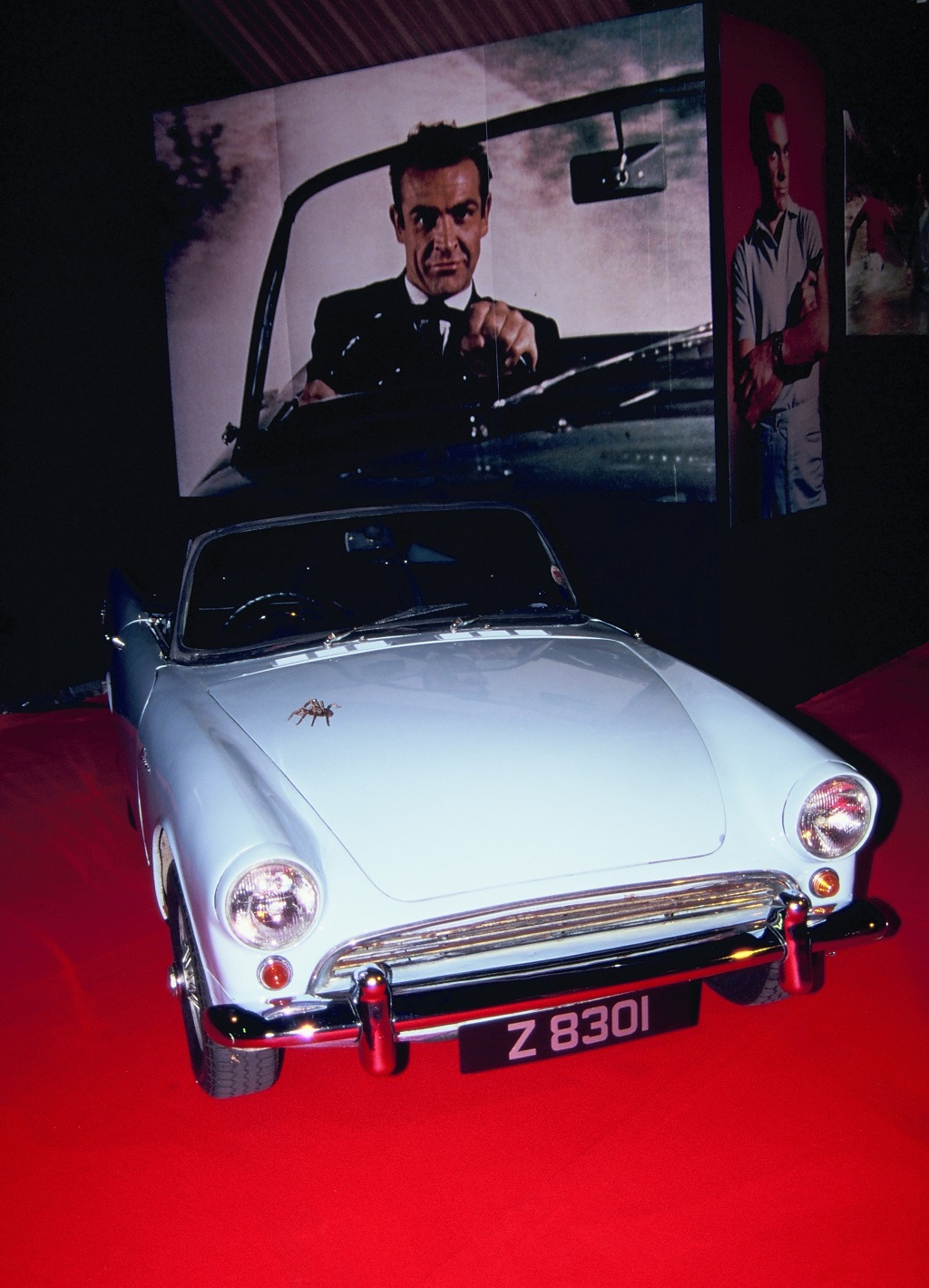 James-Bond - Sunbeam-Alpine- 1996 - Mondial-de-L-Auto- Photo- Thierry-Le-Bras