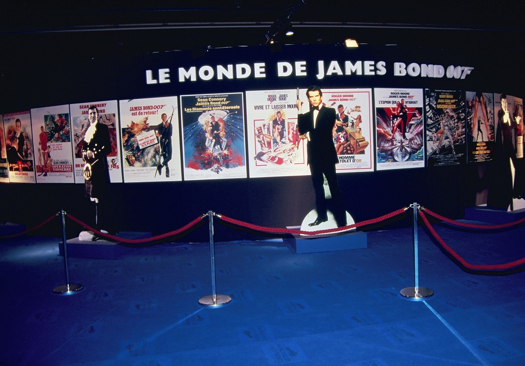 James-Bond - son-monde-automobile- 1996 - Mondial-de-L-Auto- Photo- Thierry-Le-Bras