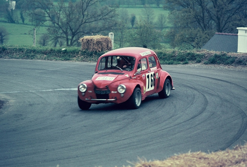 Jean-Louis- Orhan - Renault-4cv - 1974 - CC-Saint-Germain-sur-Ille - Photo-Thierry-Le-Bras