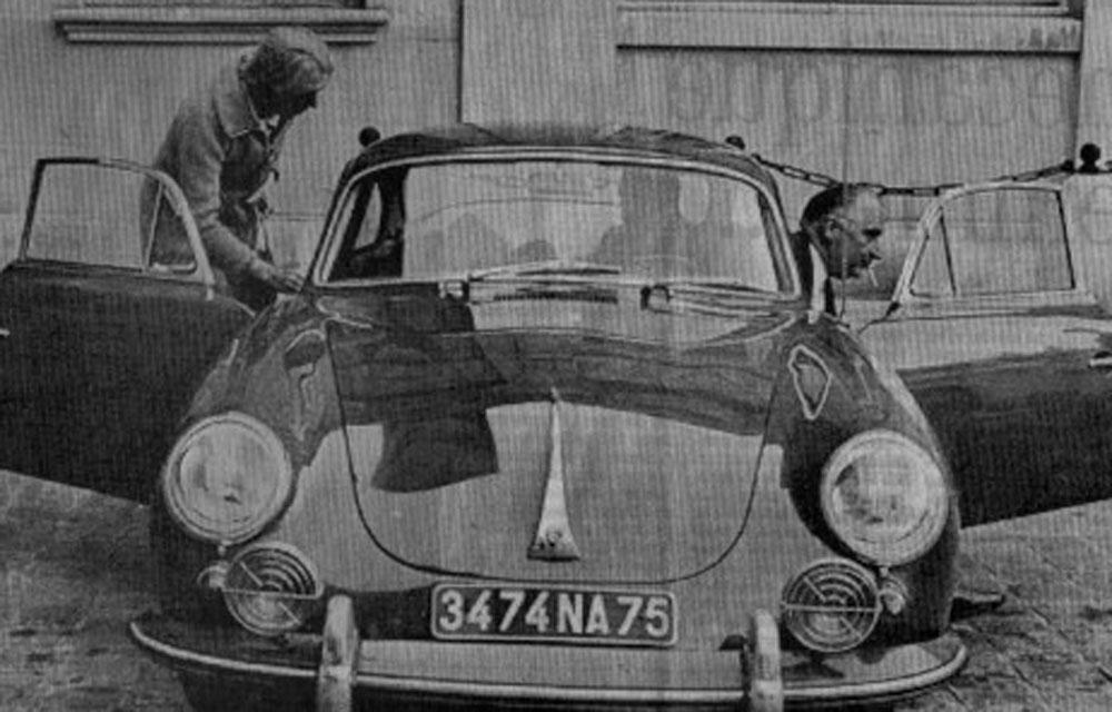 M-et-Mme-Pompidou-roulaient-en-Porsche - Copyright-inconnu