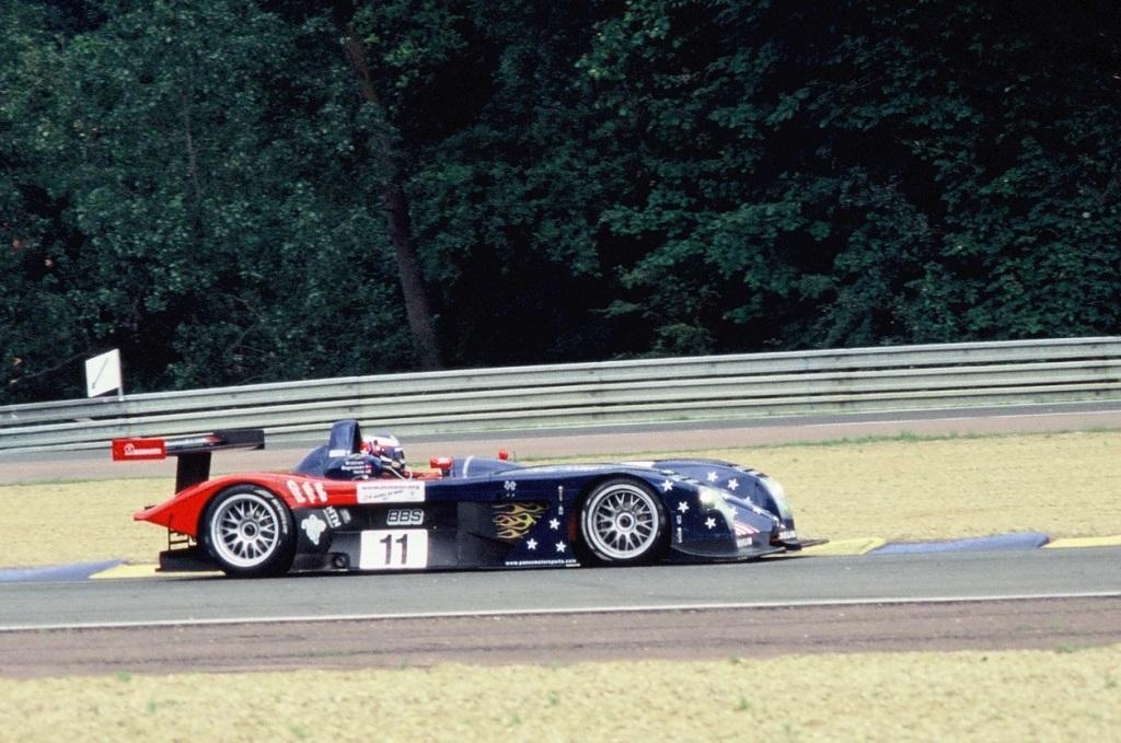 Magnussen-Brabham-Herta -Panoz-LMP-01 - 2002 - Le-Mans - Photo-Thierry-Le-Bras