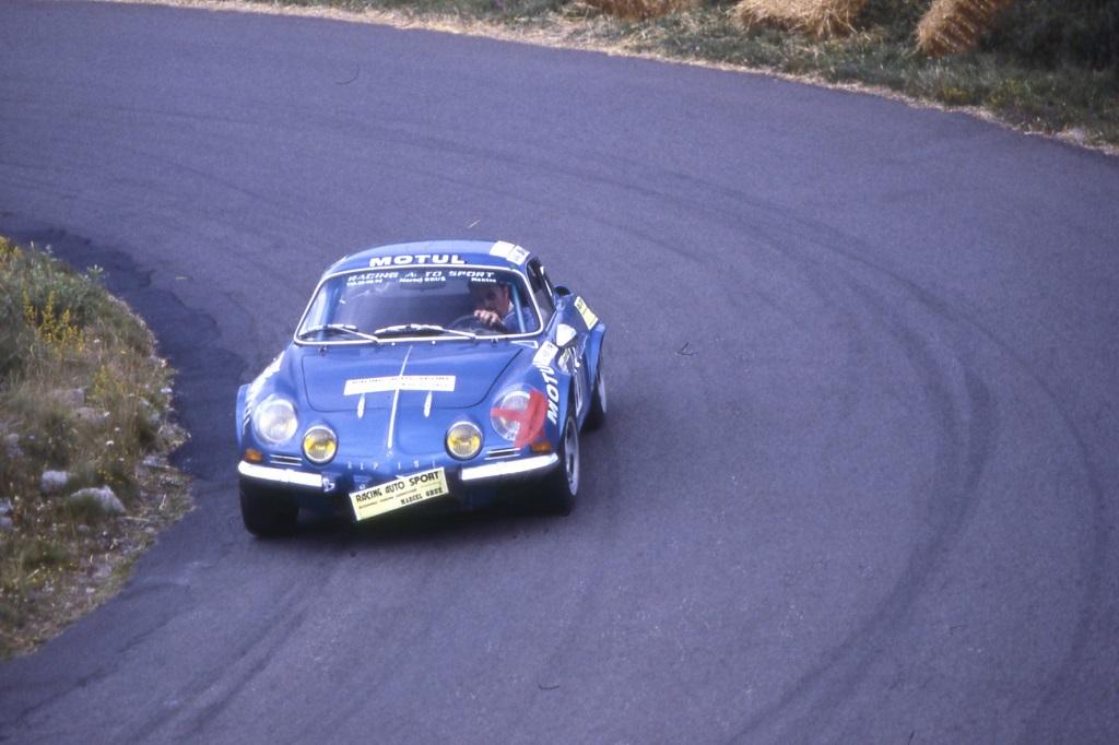 Marcel-Grué - Alpine-Berlinette-1600-SC-groupe-3 - 1978 - Course-de-côte-du-Mont-Dore- Photo-TLB