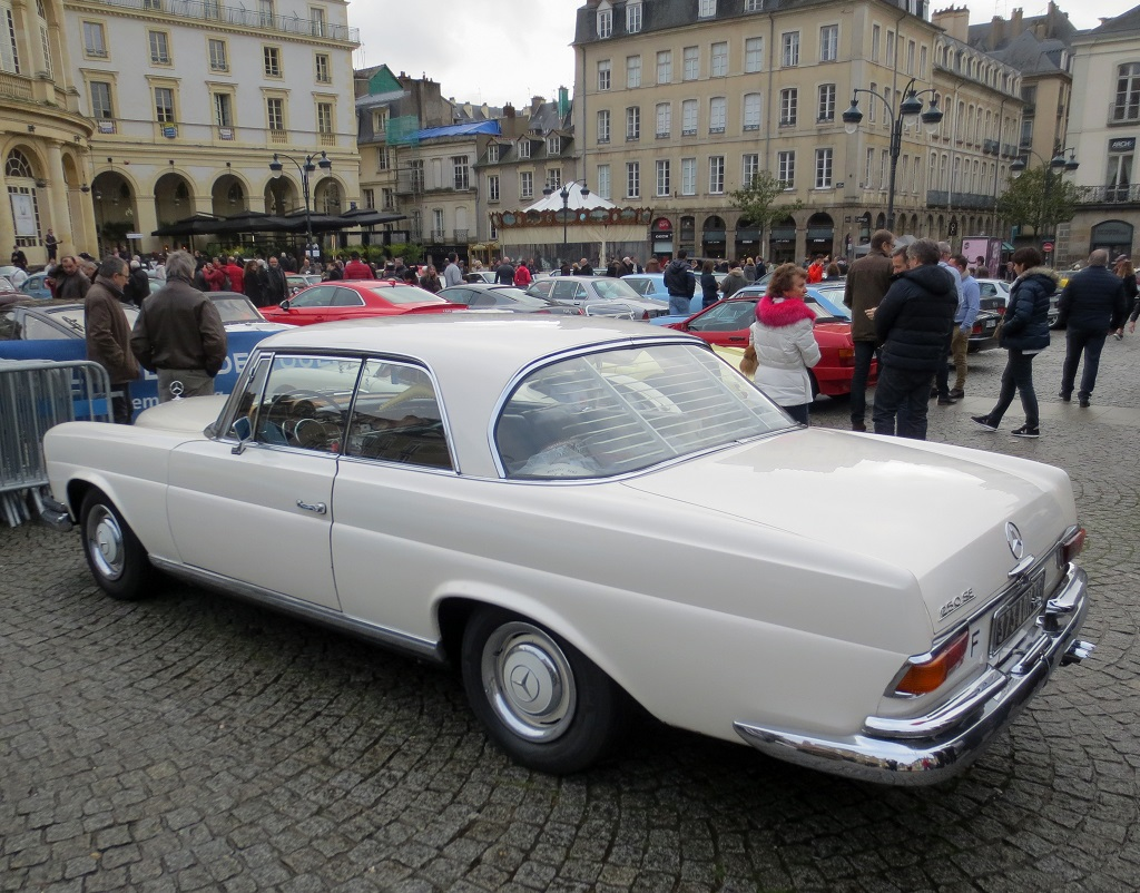 Mercedes-250-SE - 2018 - Rennes- Photo-Thierry-Le-Bras