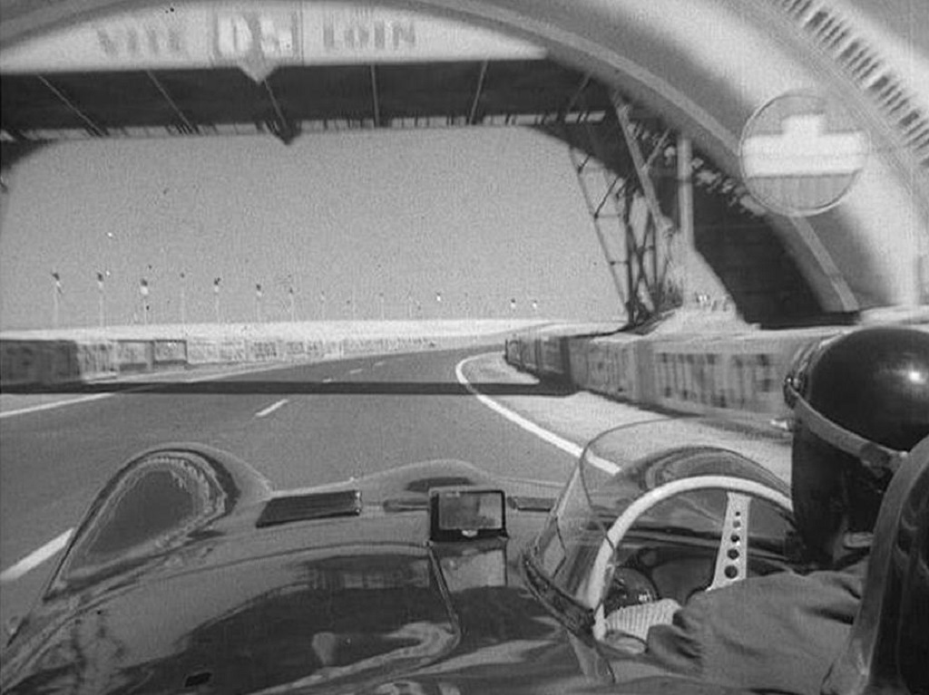 Mike-Hawthorn-Jaguar-D- preview-lap-1956 - Le -Mans - copyright-inconnu