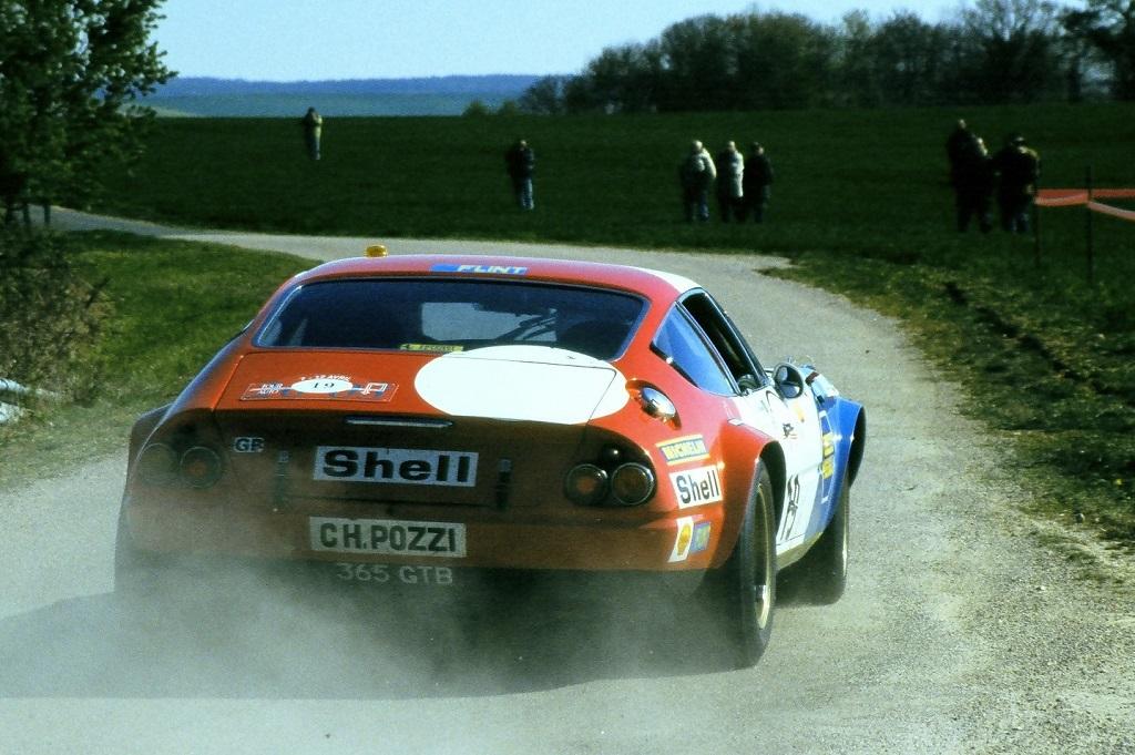 Monteverde-Pearson - Ferrari-365-GTB4-Daytona- 2003 -1 - Tour-Auto - Photo-Thierry-Le-Bras