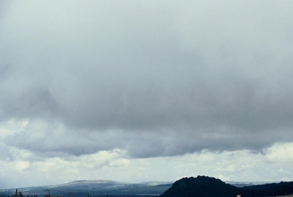 Paysage-d-Auvergne-un-jour-d-orage - Photo-Thierry-Le-Bras
