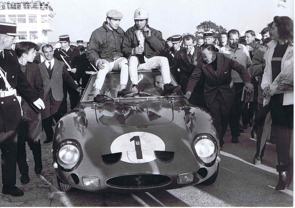 Pedro-Rodriguez-et-Ricardo-Rodriguez- Ferrari-GTO - 1961 - 1000-km-de-Paris