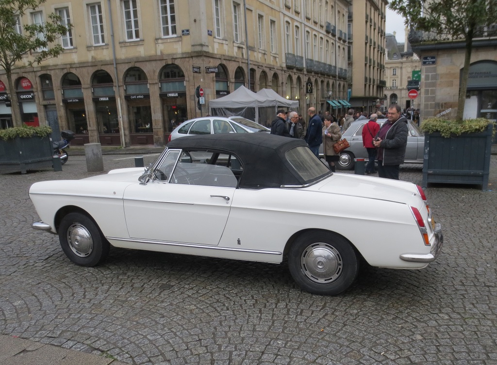 Peugeot-404-Cabriolet- 2018- Rennes - Photo-Thierry-Le-Bras