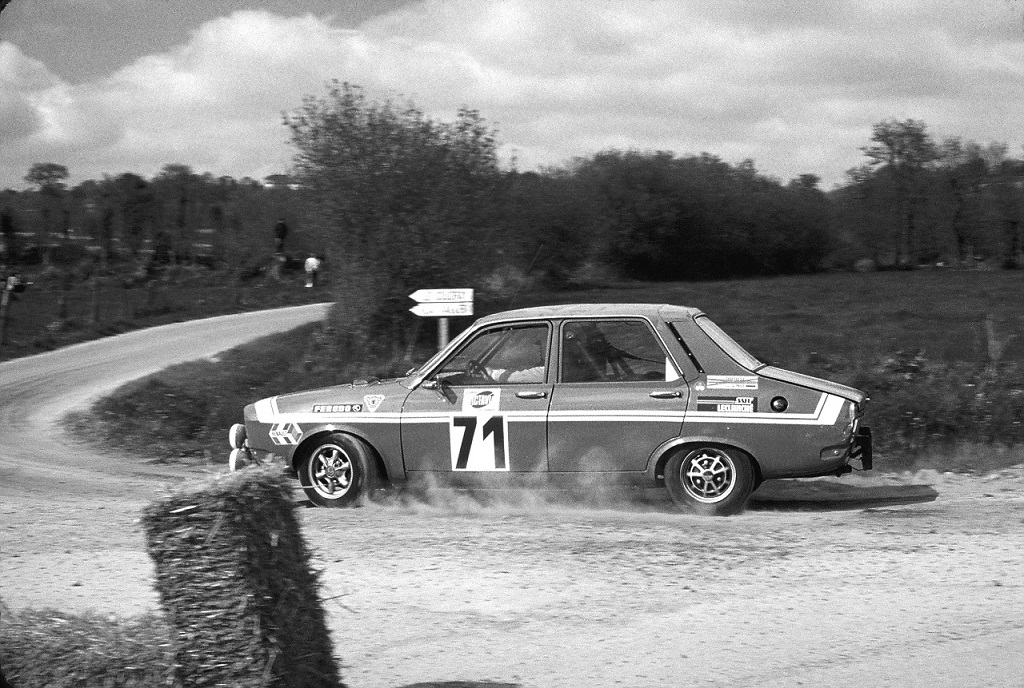 R-12-Gordini - 1974 - Rallye-d-Armor - Photo-Thierry-Le-Bras