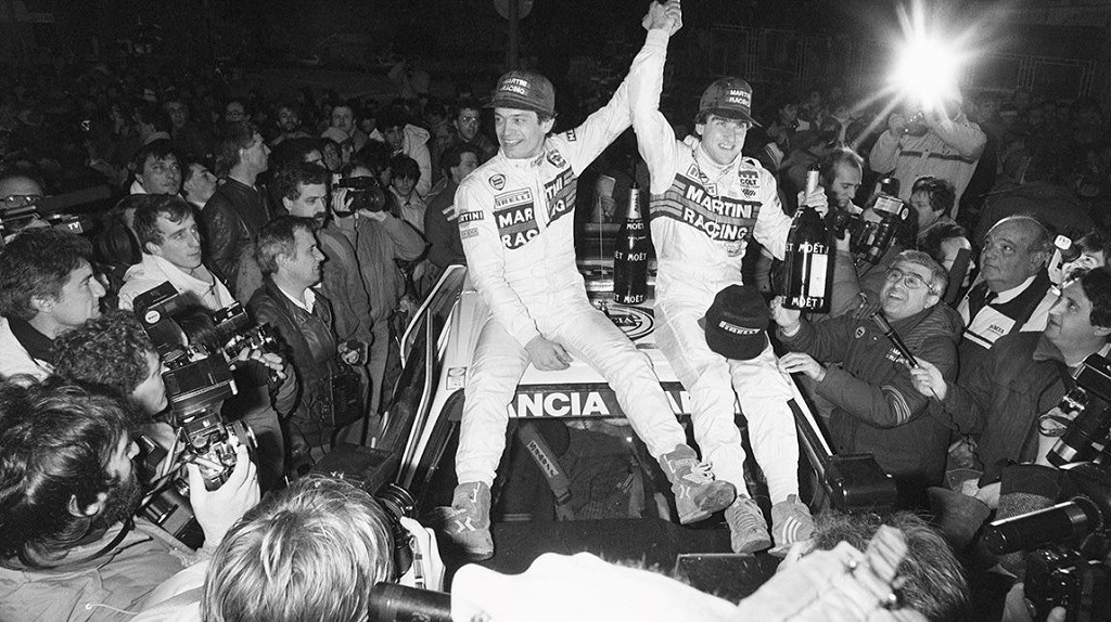 [Aoshima Beemax ] 1/24 Lancia Delta S4 Rallye de Monte Carlo 1986 Sergio-Cresto-à-gauche-Henri-Toivonen-Lancia-Delta-S4-1986-Arrivée-Rallye-Monte-Carlo-