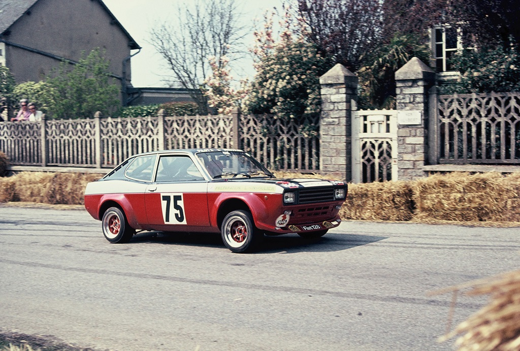 Sinsoulier - Fiat-128-Groupe-2 - 1973 - Course-de-côte-de-Saint-Germain-sur-Ille -Photo-Thierry-Le-Bras
