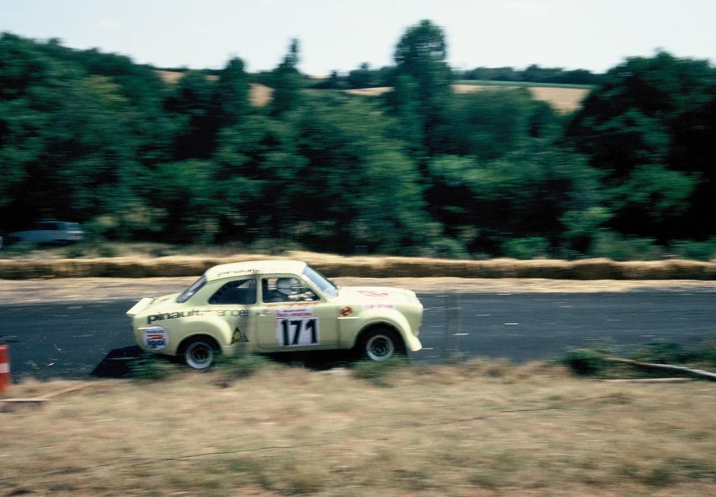 Sinsoulier - Ford- Escort -1800-RS - 1976 - Pouillé-les-Coteaux- Photo-Thierry-Le-Bras