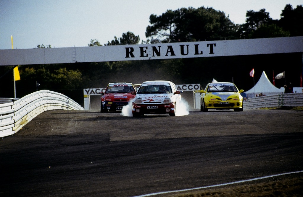stephane-drean-renault-clio-team-hervieux-2005-rallycross-mayenne-photo-thierry-le-bras