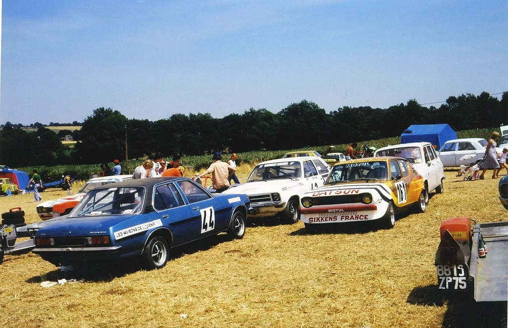 Thierry-Le-Bras -Opel-Ascona-19-SR- 1976- Pouillé-les-Coteaux-parc-fermé - Photo-Thierry-Le-Bras