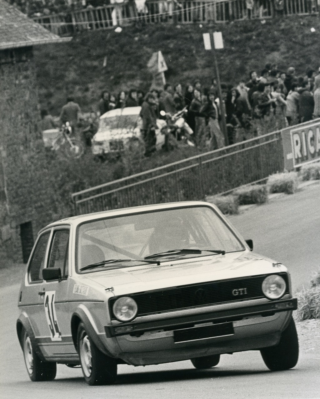 Thierry-Le-Bras - VW-Golf-GTI -5- 1977 - Saint-Germain-sur-Ille - Photo-Photo-Actualité