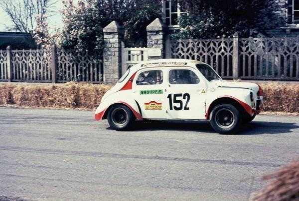 Tillard - Renault-4cv - 1973 - CC-Saint-Germain-sur-Ille - Photo-Thierry-Le-Bras