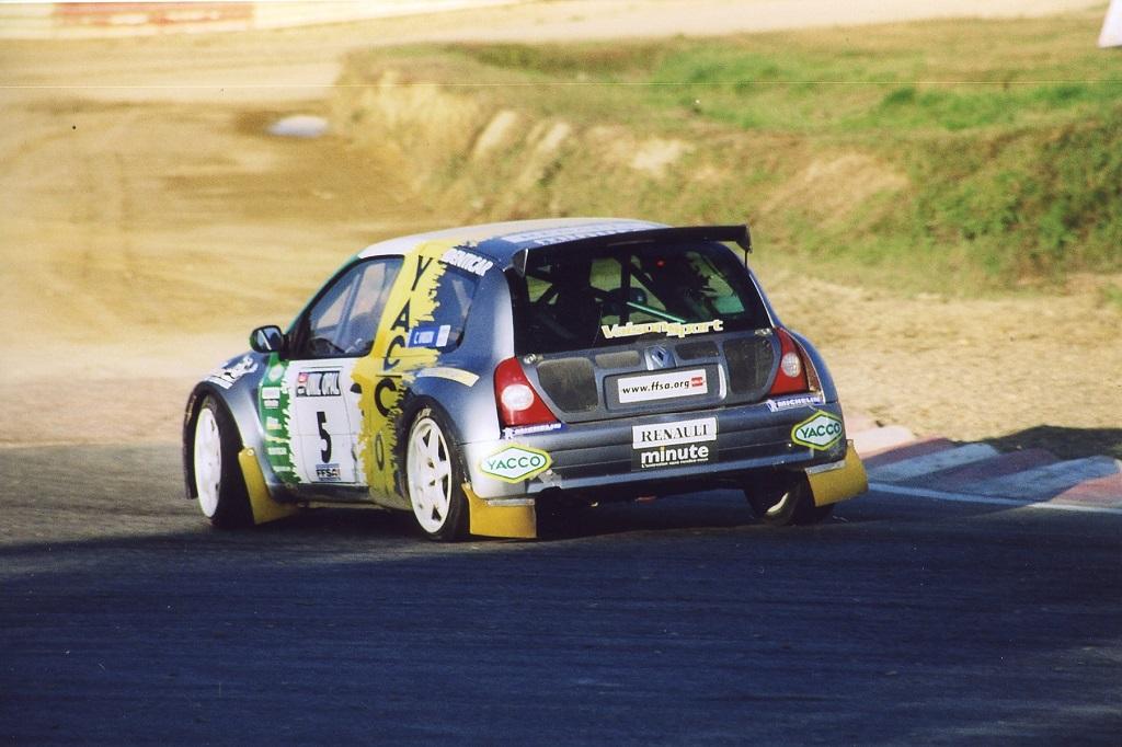 Vaison - Renault-Clio-Esprit-WRC - 2002 - Rallycross-Lohéac - Photo-Thierry-Le-Bras