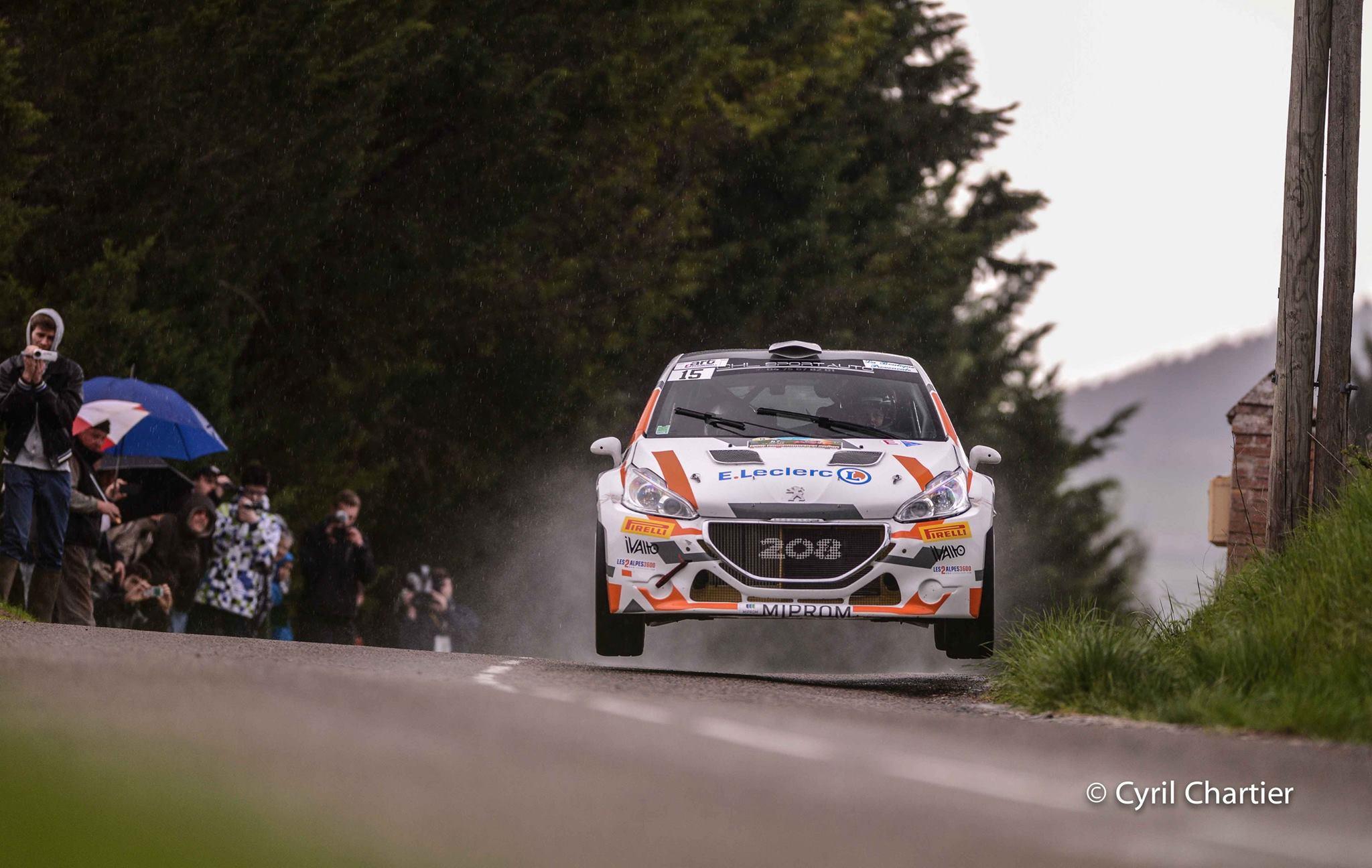 Yoann-Bonato - Peugeot-208-T16-R5-2015-Rallye-Lyon-Charbonnières